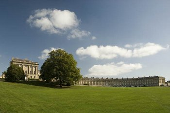 The Royal Crescent, Bath England taken by Bryan26 at Flickr