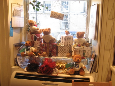 The Jane Austen Centre Gift Shopp Holiday Teddy Bear Display (2008)