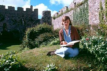 Romola Garai as Cassandra Mortmain in the 2003 movie adaptation of I Capture the Castle, by Dodie Smith