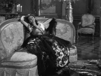 Vivien Leigh as Emma, Lady Hamilton in That Hamilton Woma (1941)