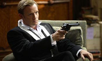 Image from The 39 Steps: Rupert Penry-Jones as Richard Hannay © 2010 MASTERPIECE