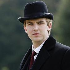 Image from Downton Abbey Season 1: Dan Stevens as Matthew Crawley © Carnival Film & Television Limited 2010 for MASTERPIECE