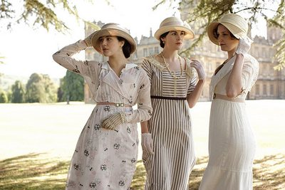 Jessica Brown-Findlay as Sybil Crawley, Michelle Dockery as Mary Crawley and Laura Carmichael as Edith Crawley in Downton Abbey (2010)