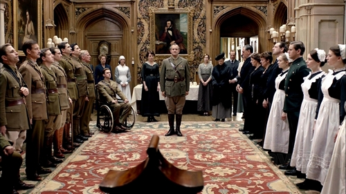 Image from Downton Abbey Season 2 Episode 5: Lord Grantham announces wars end