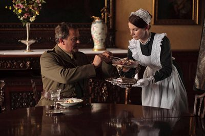 Image from Downton Abbey Season 2 Episode 6: Lord Grantham and Jane