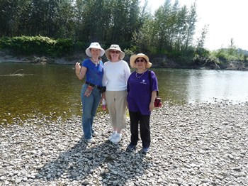Syrie, Laurel Ann and Diana at the Snohomish River (2012)