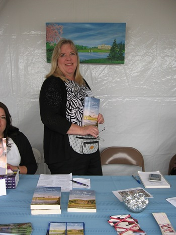 Author Shannon Winslow at the Northwest Bookfest (2012)