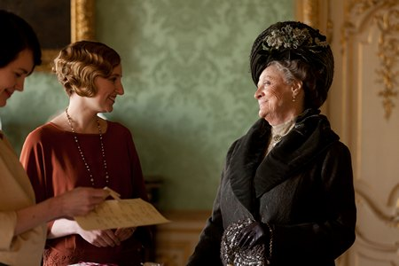 Downton Abbey Season 3 Episode 2: Lady Edith and the Violet, Dowager Countess