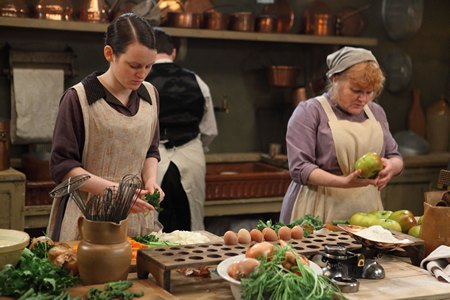 Downton Abbey Season 3 Episode 3: Daisy and Mrs Patmore