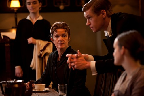 Downton Abbey Season 3 Episode 3: Miss O'Brien and Alfred