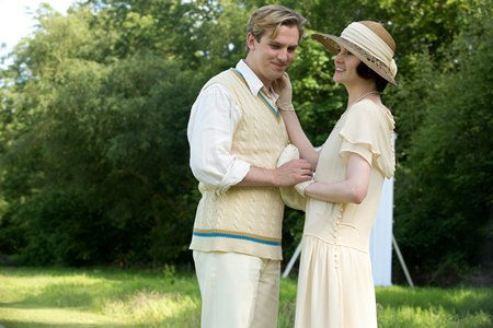 Downton Abbey Season 3 Episode 6: Matthew and Mary Crawley at cricket match