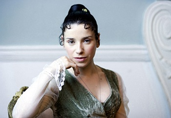 Anne Elliot in Persuasion 2007 x 350