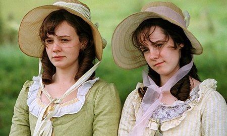 Carey Mulligan as Kitty Bennet and Jena Malone as Lydia Bennet Pride & Prejudice. Image (c) 2005 Focus Features