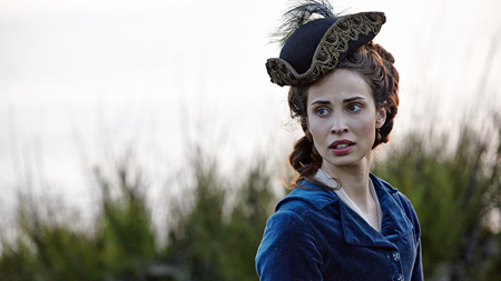 Let's chat about Elizabeth (Heida Reed) Poldark's tricorn hat instead of her pregnancy! Image (c) 2015 Mammoth Screen, Ltd for Masterpiece PBS