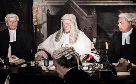 Robin Ellis as Rev Hulse in Poldark (2015 )