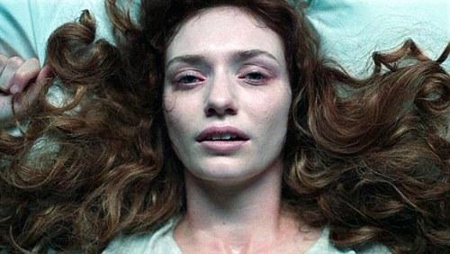 Demelza (Eleanor Tomlinson) fever-ridden. Image Poldark (c) 2015 Mammoth Screen, Ltd. for Masterpiece PBS